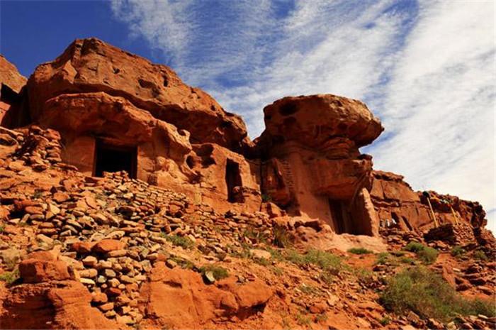 阿尔寨石窟